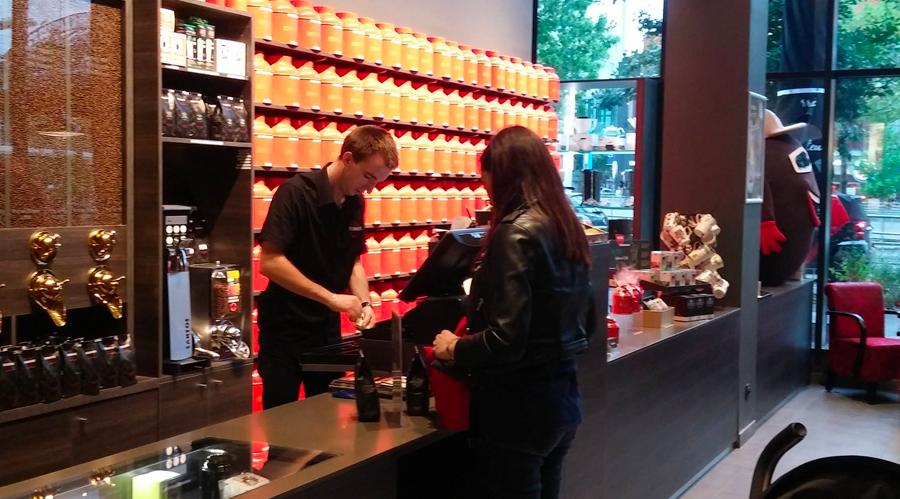 ETIENNE Coffee & Shop Lyon Confluence