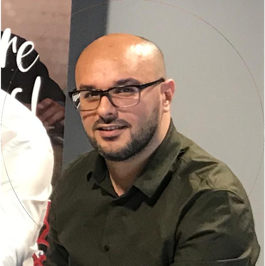 Mehdi Korrichi - ETIENNE Coffee & Shop Carré de Soie