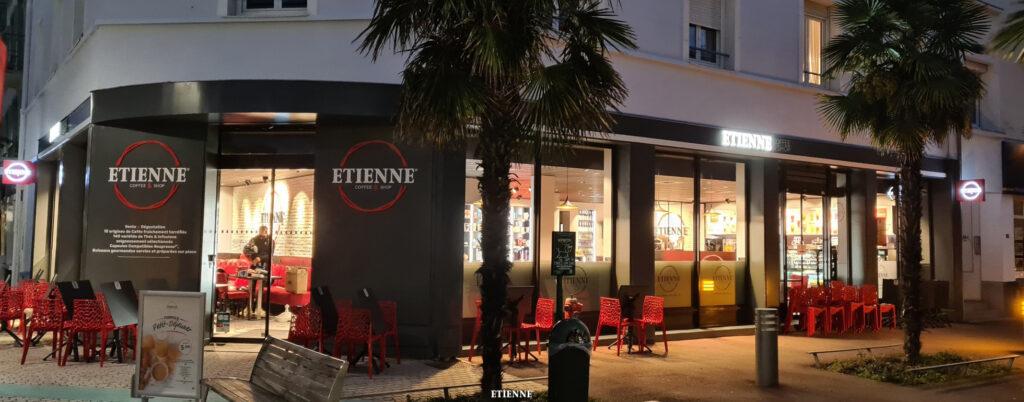Extérieur ETIENNE Coffee & Shop St-Nazaire